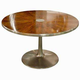 Rosewood and aluminium pedestal table steen ostergaard for Table exterieur design aluminium